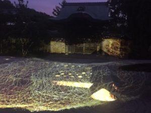 高台寺に百鬼夜行プロジェクションマッピング