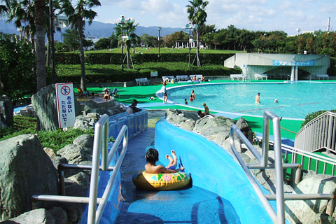 リゾ鳴尾浜 屋外プール