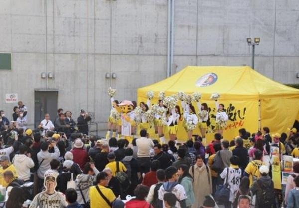 阪神甲子園球場 甲子園粉もん祭 グルメイベント 阪神タイガース