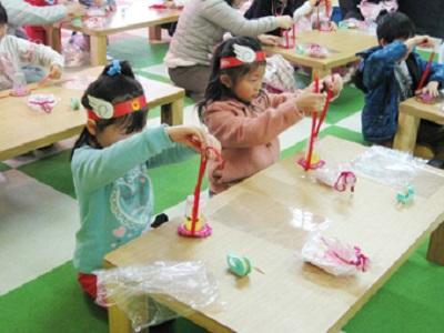 東条湖おもちゃ王国 つくってあそぼう母の日工作 テーマパーク
