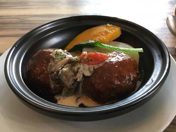 テアトルルボア 洋食 神戸牛ハンバーグ