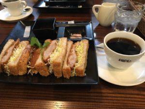 ヒロコーヒー西宮店 フレンチトースト カツサンド